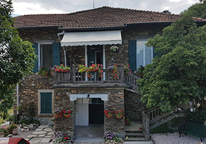B&B Holy Lake - Bed and breakfast a Ghiffa sul Lago Maggiore