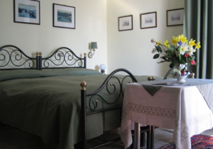 B&B Ronco Camana - Bed and breakfast a Colmegna sul Lago Maggiore