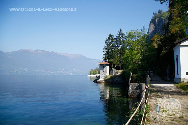 Matrimonio Spiaggia Lago Maggiore : Spiaggia le fornaci a caldè castelveccana sul lago
